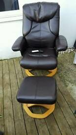 Massage chair and footstall