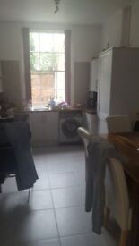 1/2 bedroom flat central Leamington Spa