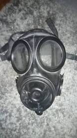 British Army respirator (gas mask)