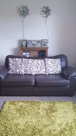 *******BEAUTIFUL CHOCOLATE BROWN LEATHER SOFA'S IN EXCELLENT CONDITION FROM SMOKE FREE HOME****