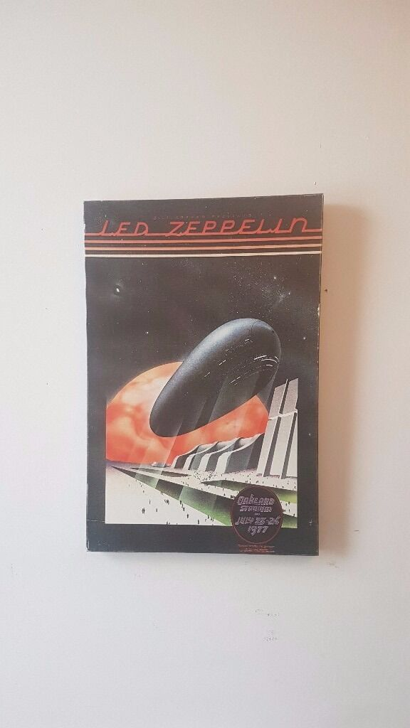 Led Zeppelin Canvasin Yorkhill, GlasgowGumtree - Led Zeppelin Canvas from Oakland Stadium 1977 concert. Measures 19 by 29 inches