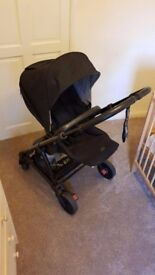 Mamas and Papas Urbo 2 (2017 Signature Edition) *Excellent Condition & Free Delivery*
