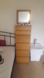 IKEA MALM TONIGHT ONLY chest drawers, mirror + light attached