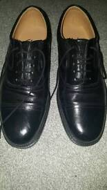 Men's black leather shoes size 8 extra wide fit