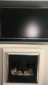 Sony Bravia 40 inch TV with bracket