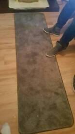 Mauve runner rug