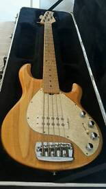 Ernie Ball Musicman Stingray 5