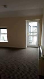 Small studio flat for rent, Neath centre