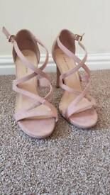 New Look Size 6 Nude shoes