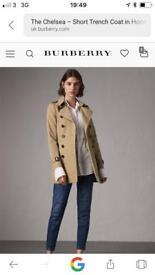 Burberry Chelsea short Trench coat new