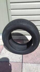 2 BRAND NEW TYRES 215/60R