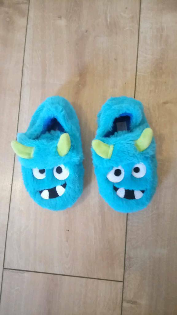 Monster slippers size 7