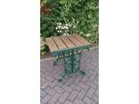 CAST IRON TABLE IN METALLIC GREEN FOR A GARDEN, PATIO OR CONSERVATORY
