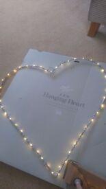 Light up heart wall decoration