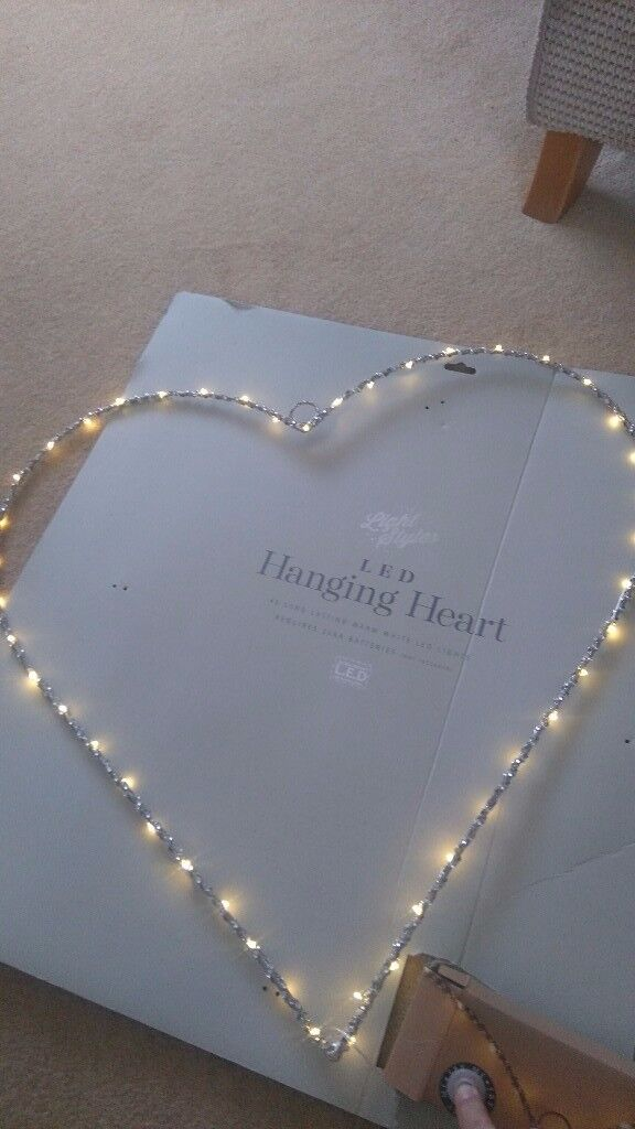 Light up heart wall decoration