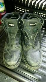 Arco work boots size 10