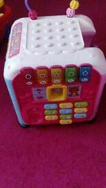 Standing music toy