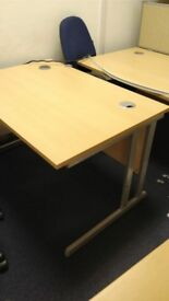 Office Desks to clear £25 each Uxbridge area free delivery