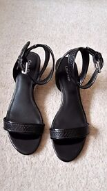 Calvin Klein ladies shoes - leather - only worn twice - excellent condition