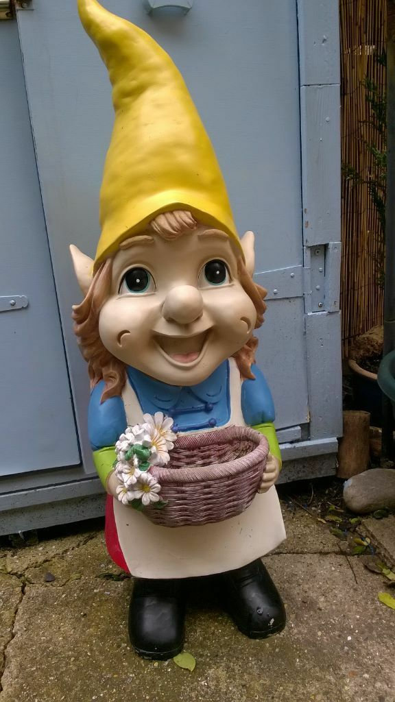Gnome In Garden: FOR SALE 3ft GIANT GARDEN GNOME