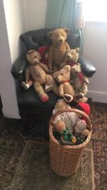 old antique dolls and 5 old teddy bears job lot, need loving home