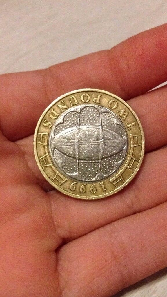 rugby world cup £2 coin **RARE** used