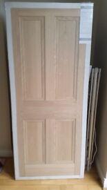 Deanta Kingston Internal Oak Veneer Wooden 4 Panel door 1981 x 838 x 35mm 78x33