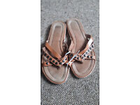 Size 8 ladies shoes brown studded flip flop style used but in vgc £2