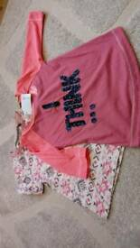 Next new with tags girls tops, 1 long sleeve, 1 shory sleeve.age 5yrs.