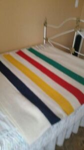 Hudson Bay Blanket - Queen size (6pt)