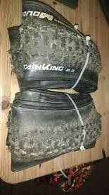 Pair continental mountain king 2.2 29er tyres