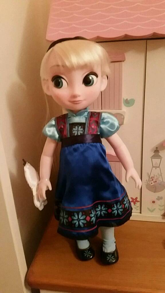 Large Disney Frozen Elsa doll