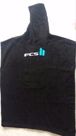 FCS black hooded towel