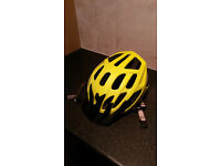 SPECIALIZED ADULT CYCLING HELMET