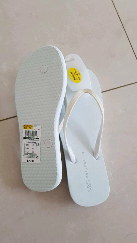 849367ee5 Ladies filp flops size 5-6 brand new from m s