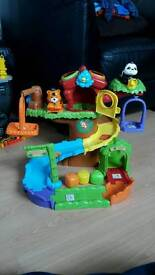 Toot toot animal treehouse