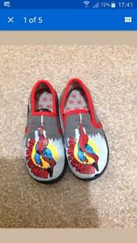 Boys size 11 spiderman slippers