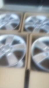 BRAND NEW TAKE OFF 2015 FACTORY OEM KIA SOUL 18 INCH ALLOY RIM SET OF FOUR.