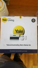 Yale telecommunications alarm starter set