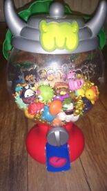 Moshi monster gumball machine and treehouse
