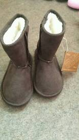 Ewe boots