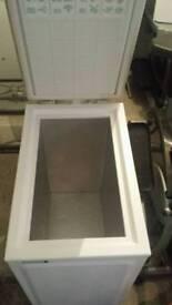 No frost slimline chest freezer