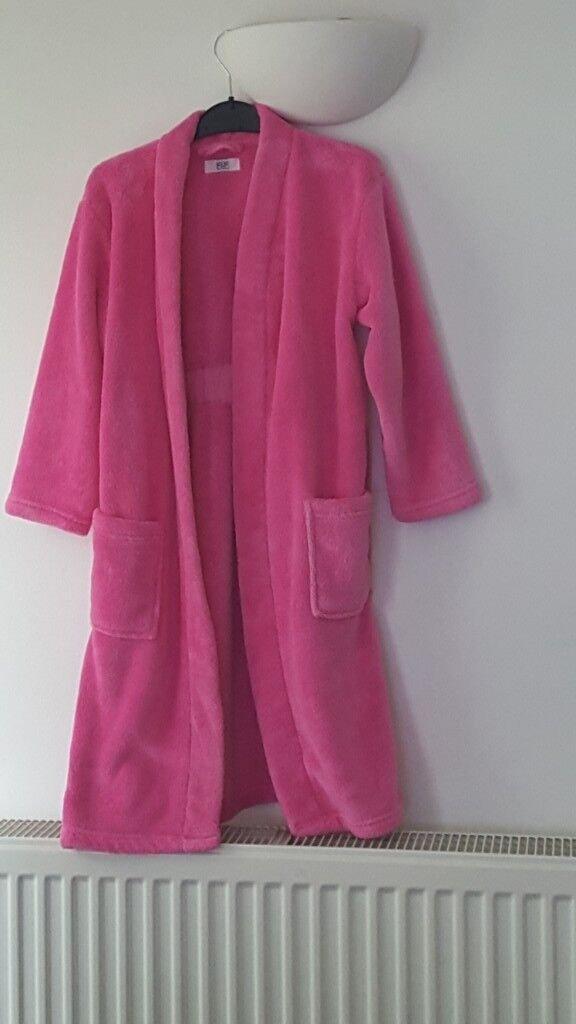 Girls pink dressing gown -Size 7/8 Years FREE | in Whitchurch ...