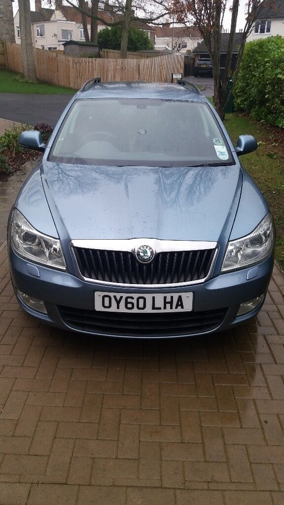 Skoda Octavia 2011 (5 door, 4wdrive, automatic)