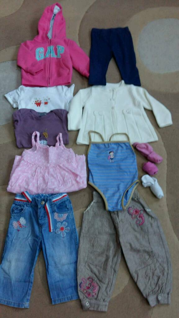 Baby Girls Clothes - 12 items - Age 12-18 months. Excellent condition.