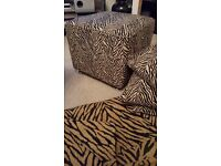 FOOTSTOOL,CUSHION COVERS AND THROW