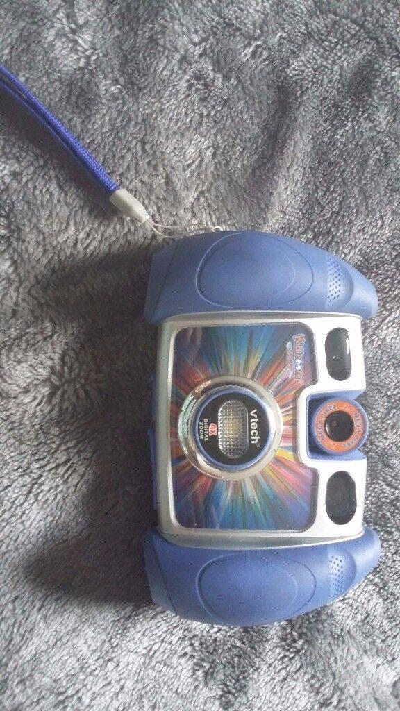 V tech digital zoom blue camera