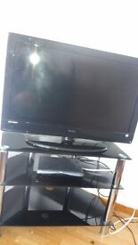 Tv an tv stand both excellent condition