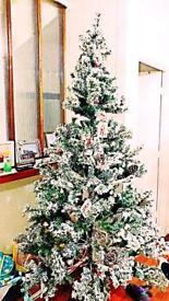 Homebase Christmas tree 7ft very big and good quality
