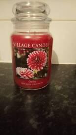 Large candle 🕯